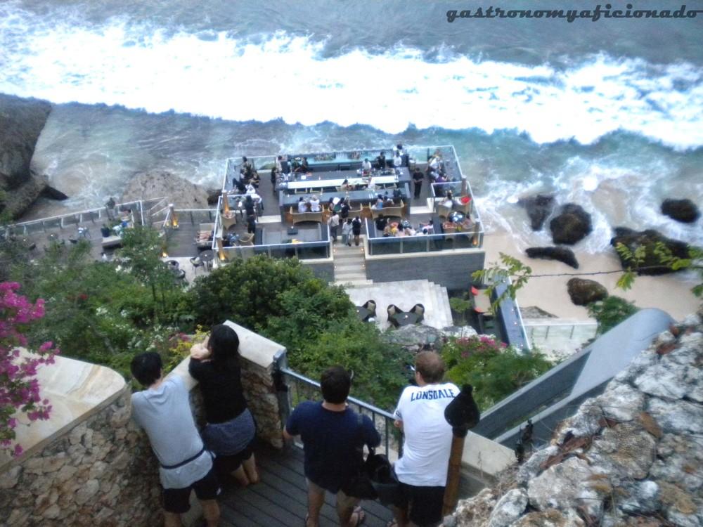 QuikSkoop™: The Rock Bar (Jimbaran, Bali) (1/3)