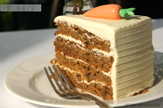 Carrot Cake (Photo by: jenzcorner.net)