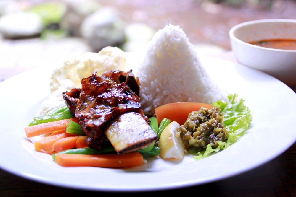 A Mini Guide to Bandung's Culinary Perks (Jakpost Travel - January 29, 2013) (5/6)