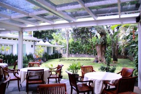 Maxi's - Garden View