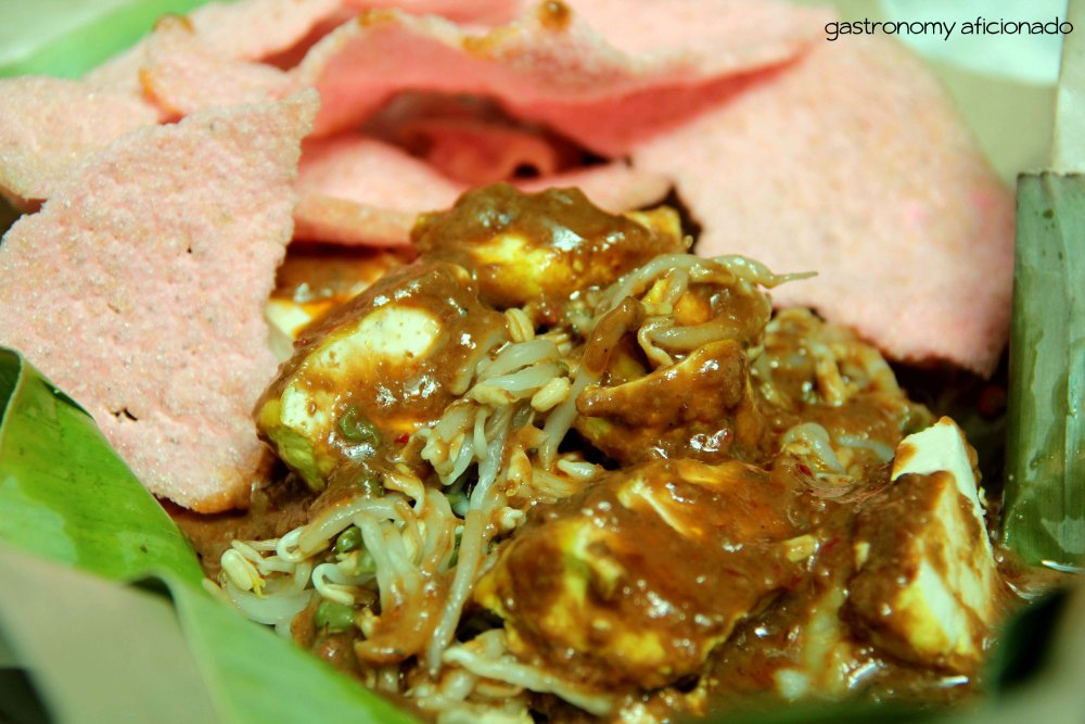 Berburu Makanan Khas Kota Kembang (Linked, March 2013) (4/6)
