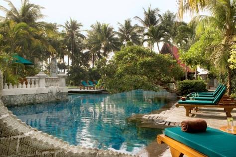 Sheraton Surabaya - Swimming Pool