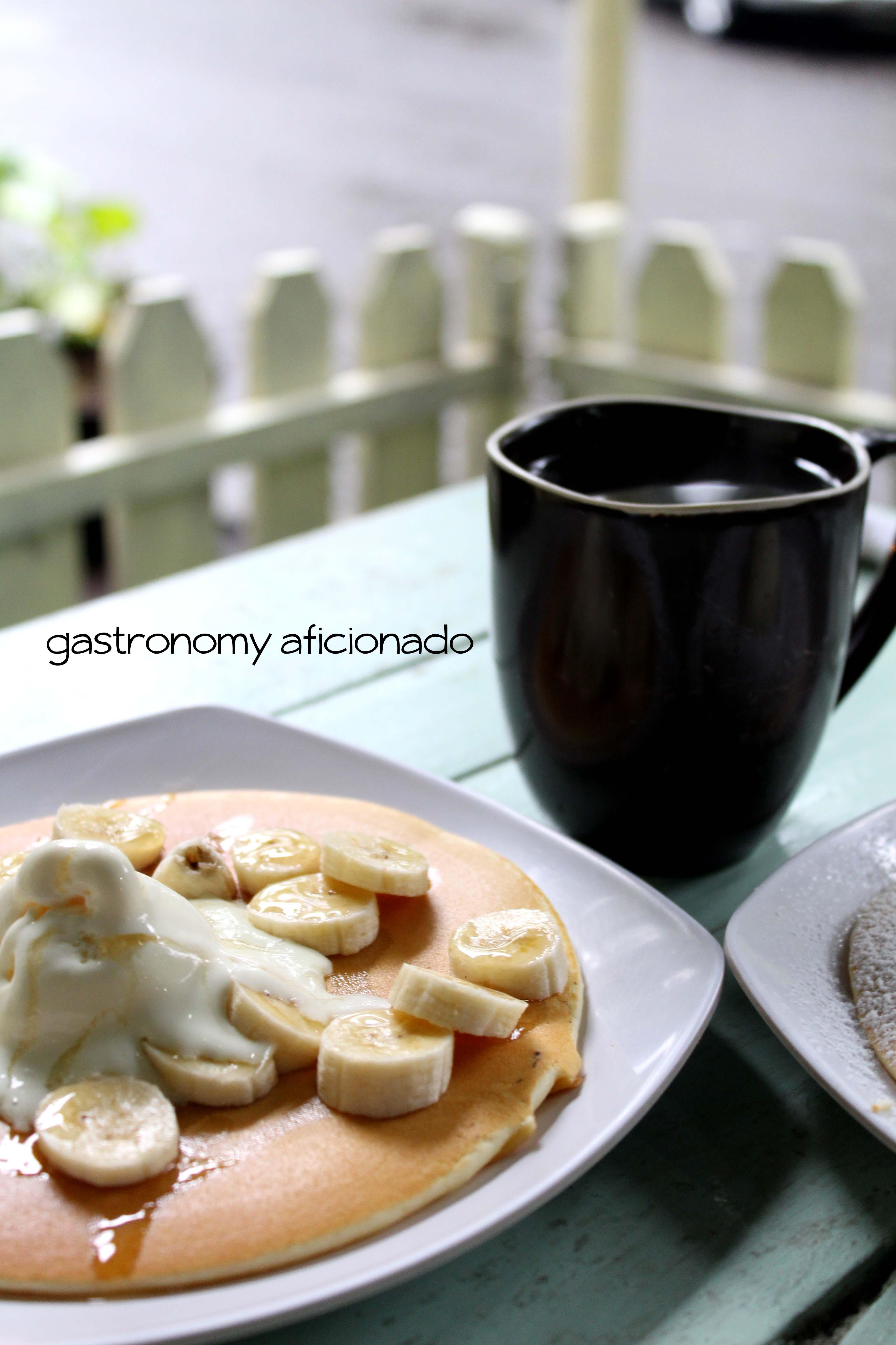 Yuky Penkeik - Banana & Honey Pancake