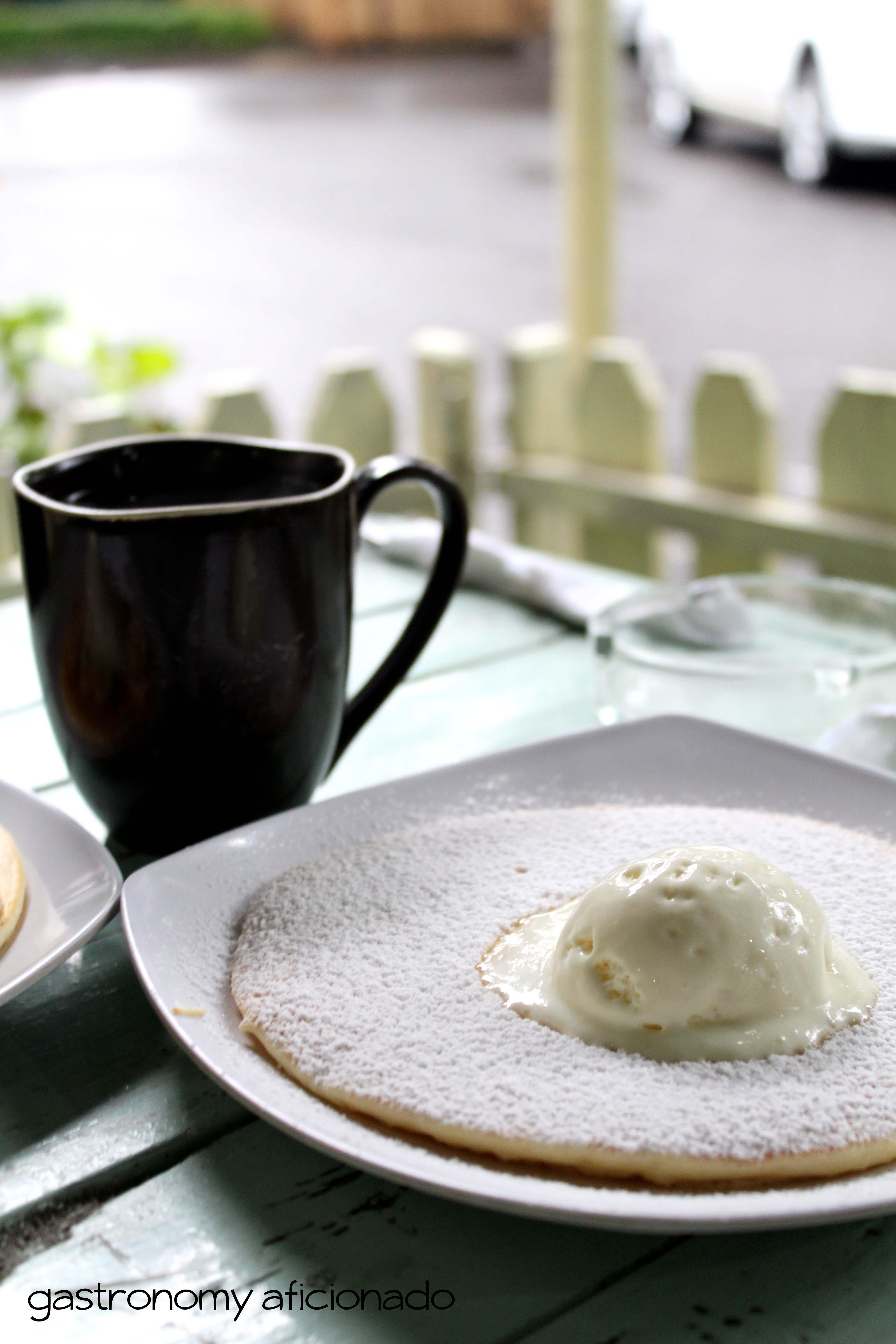 Yuky Penkeik - Sugar & Vanilla Ice Cream Pancake