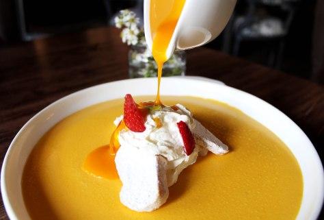 Rare Mango Pudding