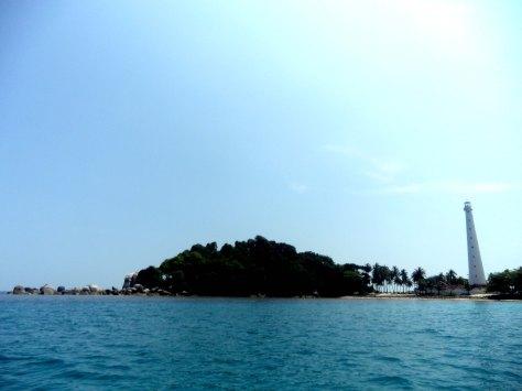 Tanjung Kelayang - Pulau Lengkuas - Mercu Suar 1