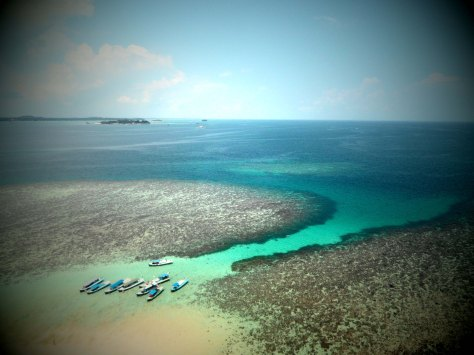 Tanjung Kelayang - Pulau Lengkuas - View from top of light house 1
