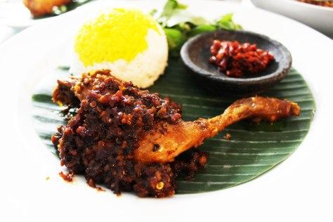 Nasi Ayam Panggang Kemiri