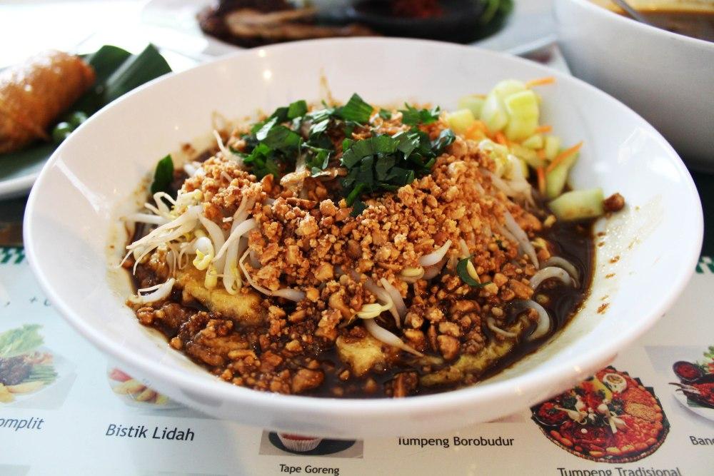 Penawar Rindu Masakan Rumah: Restoran Khas Jawa di Jakarta (Linked, May 2013) (4/6)
