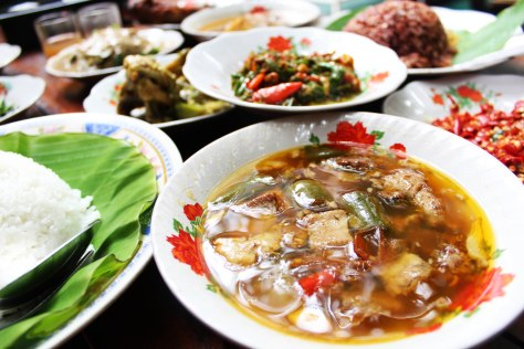 Mbah Jingkrak Setiabudi - The Feast 4