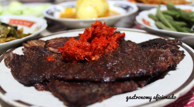 Quikskoop™: RM Dendeng Batokok – Masakan Hj. Ermis (Muaro Kalaban – West Sumatra, Indonesia)