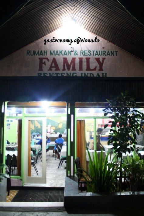 RM Family - Exterior
