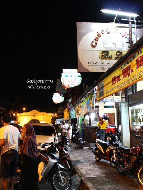 Jalan Wijilan - The land of gudeg