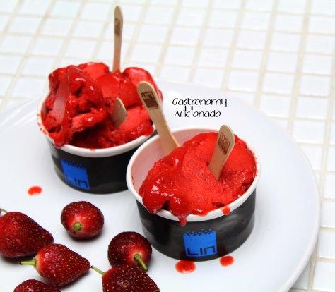 Liquid Nitrogen Strawberry Ice Cream from LIN