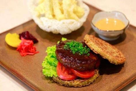 The Mulia Bali - Yaki Ramen Burger