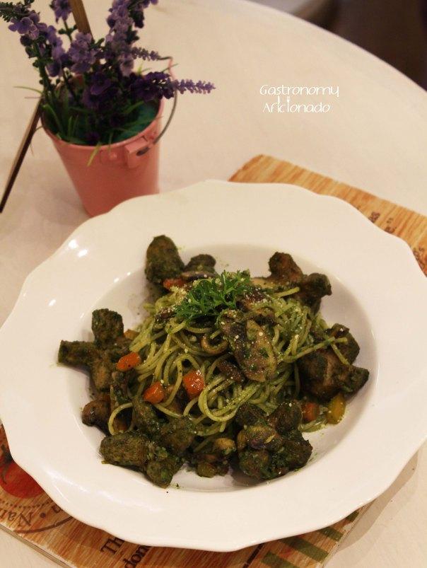 Kimberly's Green Sausage Pasta