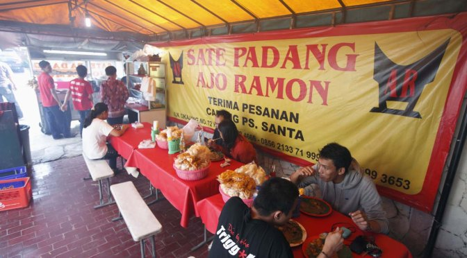 Taking It To The Streets: Sate Padang Ajo Ramon (The Foodie Magazine, Feb 2014)