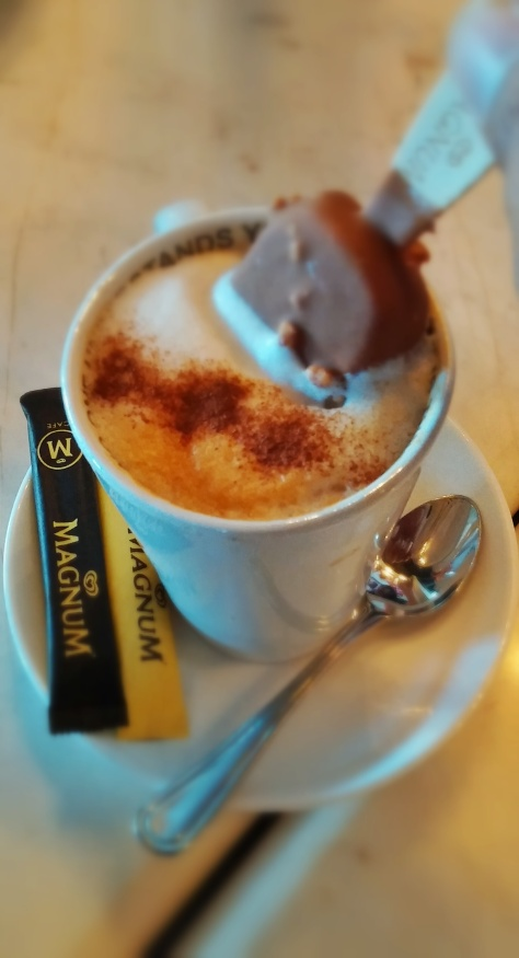 Magnum with Cappuccino