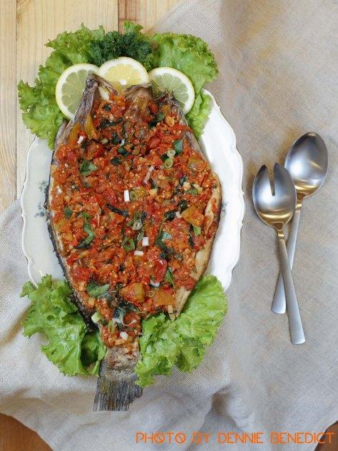 Bilenthango (Gorontalese spicy fried fish)