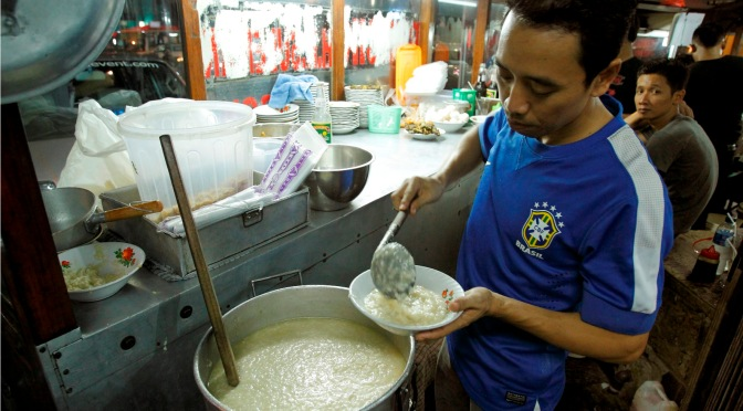 Taking It To The Streets: Bubur Cikini H.R. Sulaiman Cirebon (The Foodie Magazine, Sep 2014)