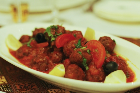 Moroccan meatballs with tomato