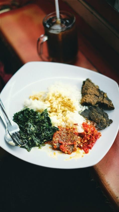 Makan di Pasar Tebet (2)