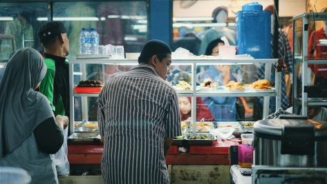 Makan di Pasar Tebet (3)