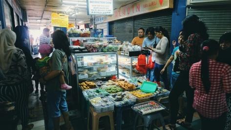 Makan di Pasar Tebet (8)