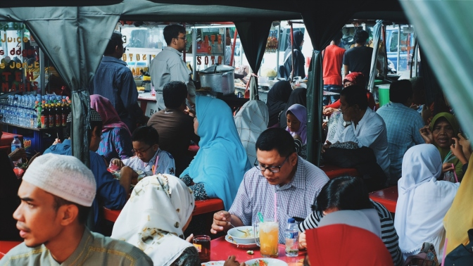 Searching for Street Food: Sunday Brunch at Masjid Sunda Kelapa