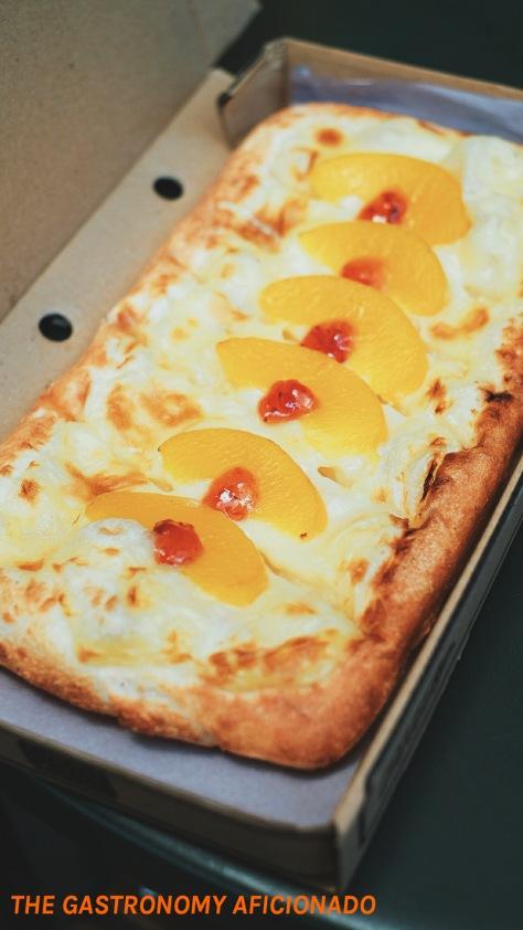 BBQ Frankfurter Pizza 4