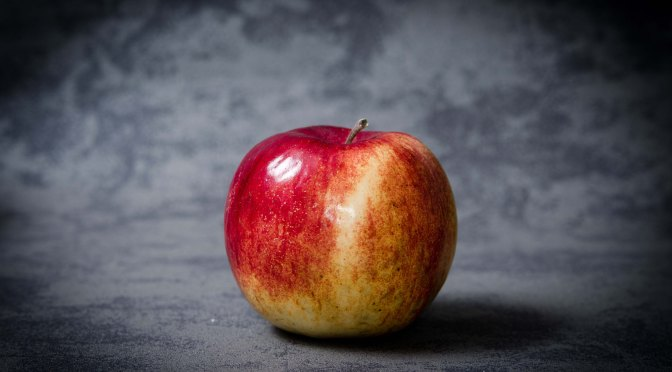 VIDEO: How the Honeycrisp apple was designed to taste the best (via Seeker)