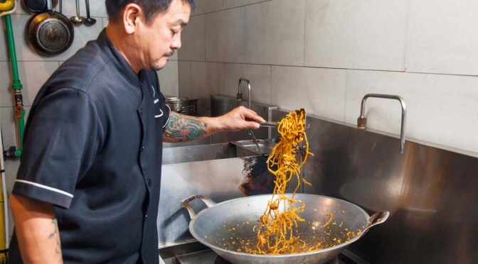 chef marco lim cooking mie goreng rendang