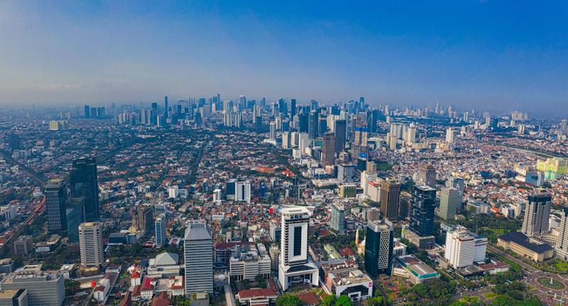 Pemandangan kota Jakarta 180 derajat.